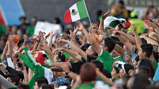 FIFA multa a México por mal comportamiento de aficionados en el mundial