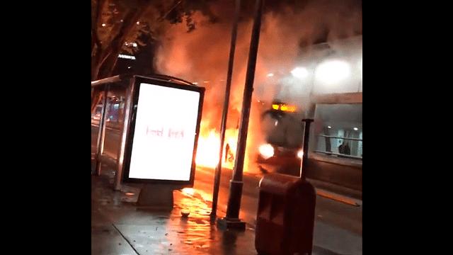 Se incendia Línea 1 del Metrobús en CDMX