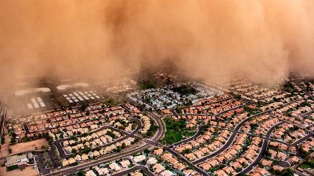 Tormenta de arena cubre por completo ciudad estadounidense (video)