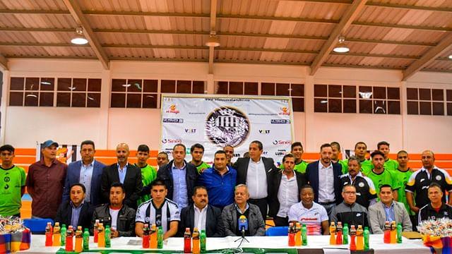 Ratifica Víctor Báez su compromiso con el deporte