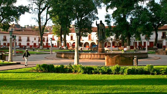 UMSNH abre convocatoria para inglés y purépecha en Pátzcuaro