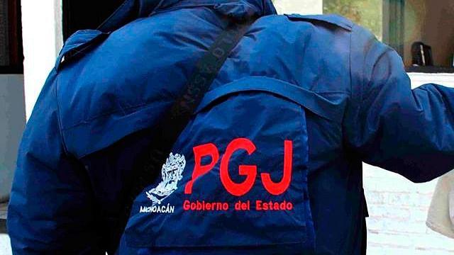 Arrestan a pareja por robar tractocamión a punta de pistola, en Tarímbaro