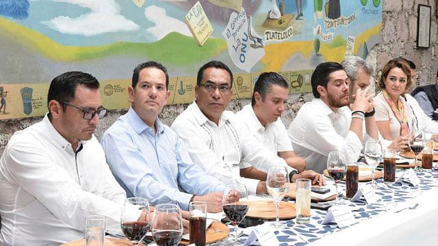 Llama Adrián López a respetar tiempos y atribuciones