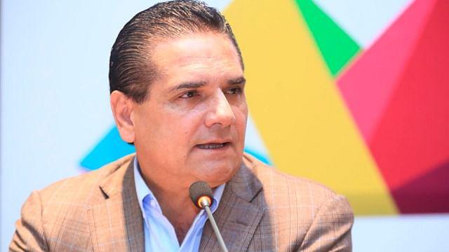 Anuncia Silvano ajustes al gabinete y reducción de programas en Michoacán