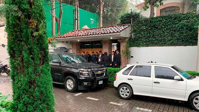 Enfrentamiento afuera de la casa de Norberto Rivera deja un muerto