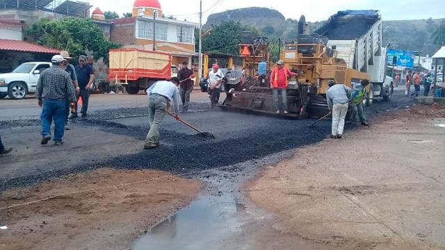 Avanza construcción de la carretera Lombardía-El Cóbano en Gabriel Zamora