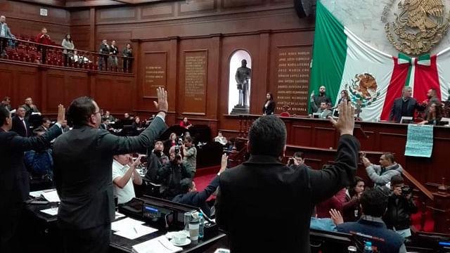 Con incrementos y nuevos impuestos, Congreso aprobó Ley de Hacienda estatal