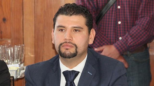Prioridad fortalecer al sector educativo en el Congreso: Octavio Ocampo