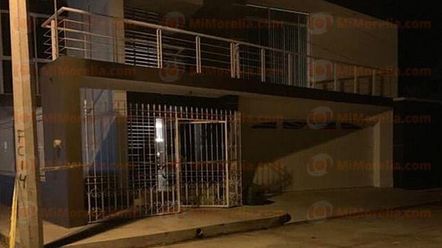 Indica Policía que hombre ultima a balazos a su mujer y se suicida