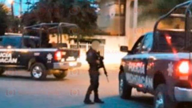 Este viernes aparecieron narco mantas en Apatzingán