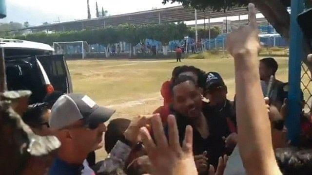 Will Smith enloquece las redes sociales con visita a Morelos
