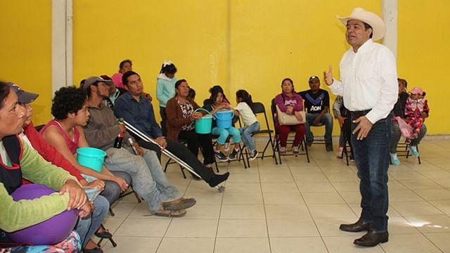 Recorre Tony Martínez región oriente para atender necesidades