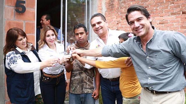 Busca Silvano Aureoles Conejo ampliar programas de vivienda