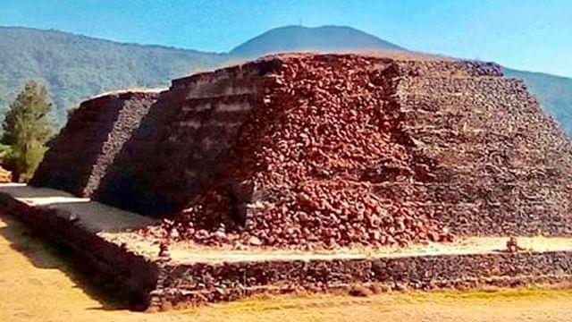 Denuncian derrumbe en una Yácata de Ihuatzio