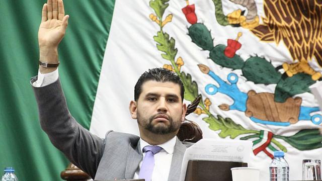 La protección del medio ambiente tarea de todos: Octavio Ocampo