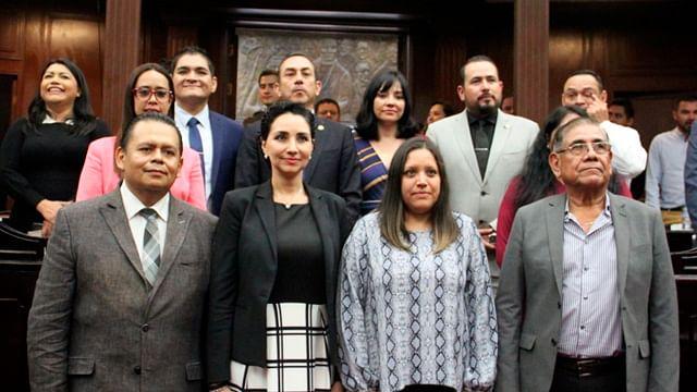Diputados reeligen a tres consejeros de la CEDH;  incorporan a Alma Bahena