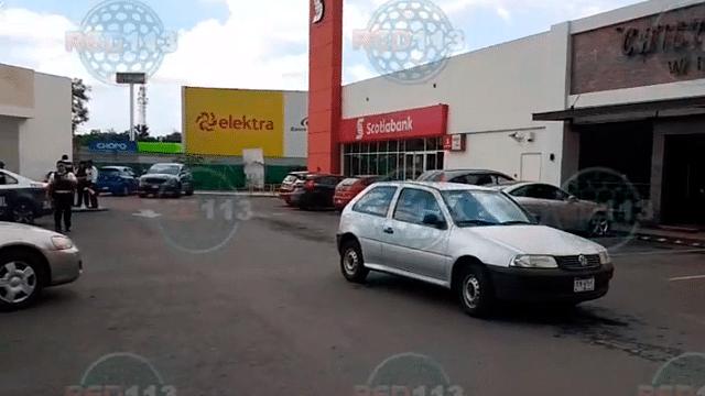 Asaltan a mujer al salir de un cajero en La Huerta