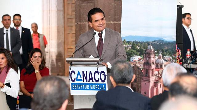 Michoacán, en la escena nacional gracias al compromiso de inversionistas: Gobernador