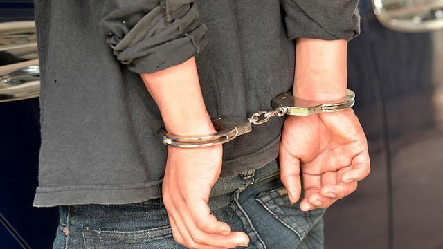 Detienen a hombre acusado de robo en Morelia