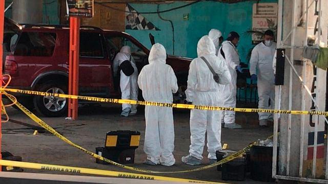 Asesinan a dos personas en un autolavado, en Morelia