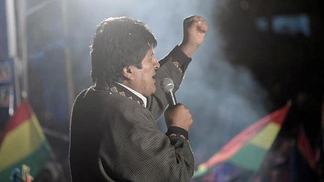 Evo Morales sale de México rumbo a Cuba; podría mudarse a Argentina