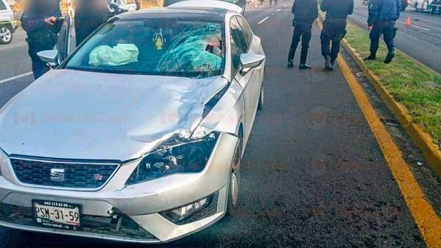 Peatón muere atropellado por automóvil en la carretera Morelia-Salamanca