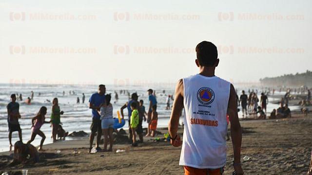 Saldo blanco en cuidado de bañistas en Lázaro Cárdenas, Michoacán: PC