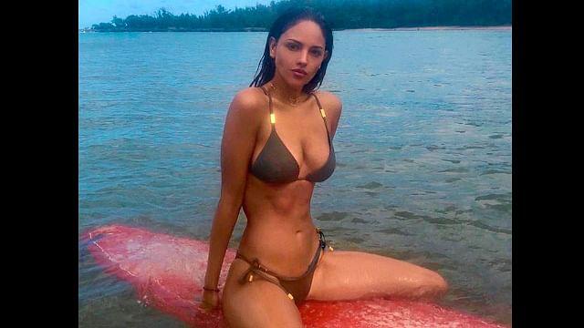Eiza González presume cuerpazo en la playa