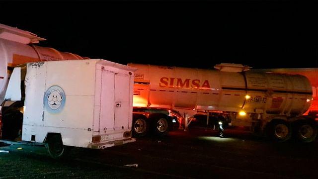 Tráiler se accidenta en la Morelia-Salamanca, a la altura de Cuto del Porvenir