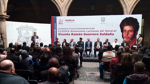 Ayuntamiento de Morelia rinde homenaje a Vicente Guerrero