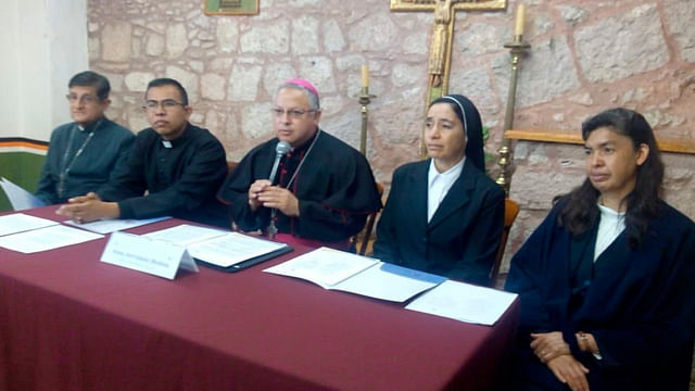 "Niño Jesús disfrazado de personajes ""desvirtúa"" celebración religiosa: Arquidiócesis"