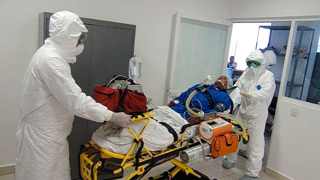 Capacita SSM a 450 paramédicos en manejo de Covid-19