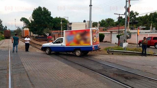 Por bloqueos en vías de tren, 224 contendedores cargados sin poder salir de LC
