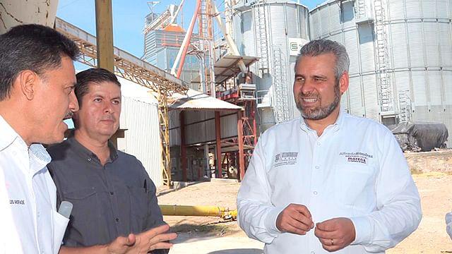 Pequeñas empresas, las más esforzadas en conservar empleos: Alfredo Ramírez