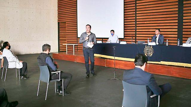 Garantiza Michoacán capacitación e insumos a pasantes del área de salud