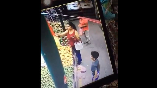 Viralizan con #LadyRata a mujer de Apatzingán por robarle billete a niño