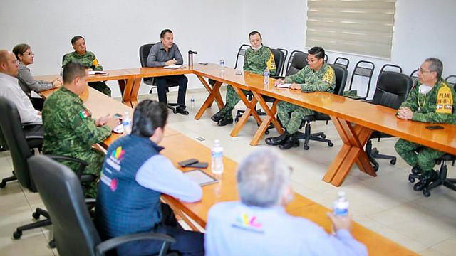 Herrera Tello indicó que las reuniones y trabajos continuarán a fin de reforzar la infraestructura de los hospitales en atención a la ciudadanía michoacana (Foto Cortesía)