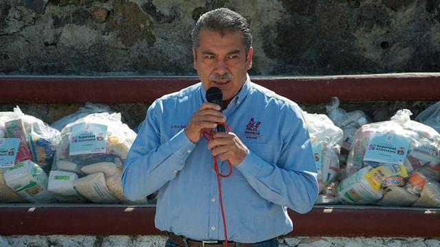 Inicia edil reparto de 35 mil despensas en Morelia
