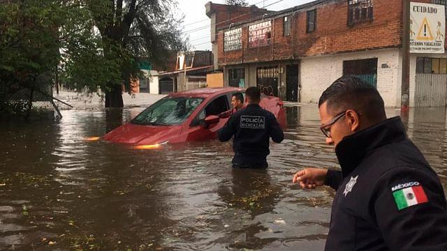 Esta tarde fuertes lluvias azotaron municipios michoacanos (Foto: Cortesía)