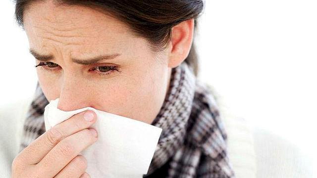 Personas con alergias respiratorias deben seguir tratamientos médicos: IMSS
