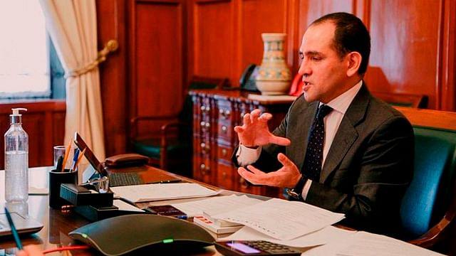 Uso de cubrebocas propiciará relanzamiento de economía en México: SHCP