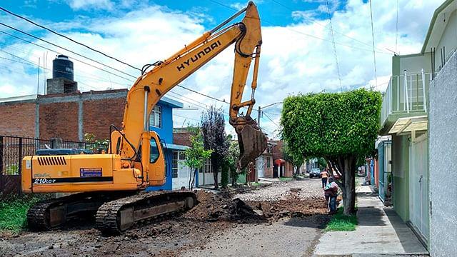Inicia en Morelia regeneración vial en la colonia Prados Verdes