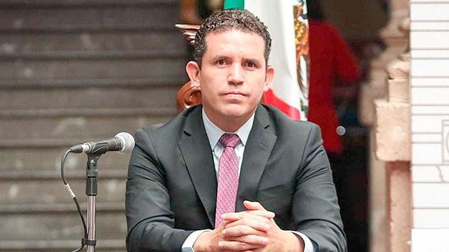 Cuentas públicas se deben aprobar o reprobar municipio por municipio: Marco Aguirre
