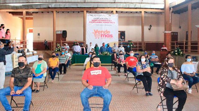 Reciben 60 empresas de Ziracuaretiro apoyos del programa Vende Más
