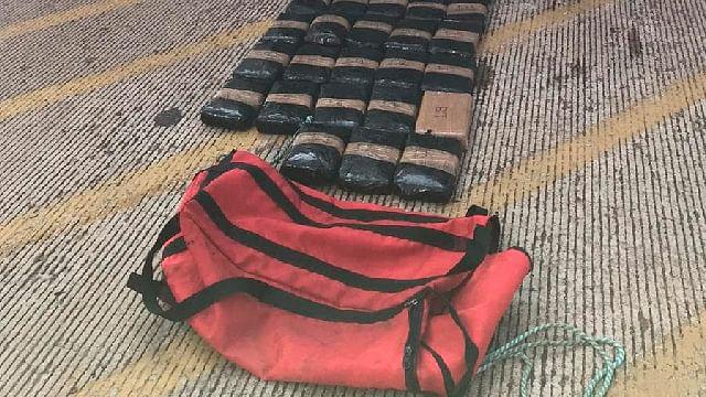 Decomisan 37 kg de cocaína en aduana de LC, venía de Colombia