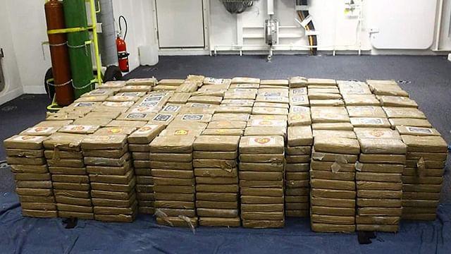Decomisan cargamento de cocaína en Coahuayana, Michoacán