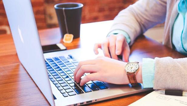 IMSS anuncia que asegurados pueden corregir datos en línea de su registro