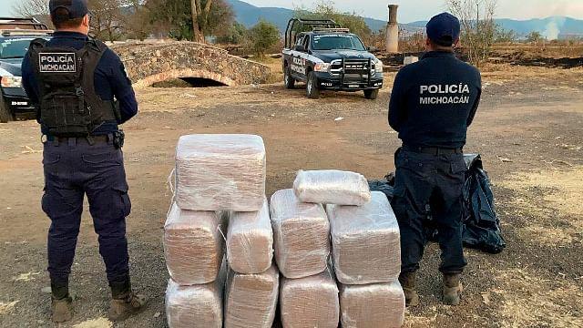 Detienen a hombre con 118 kilos de marihuana en Tiripetío