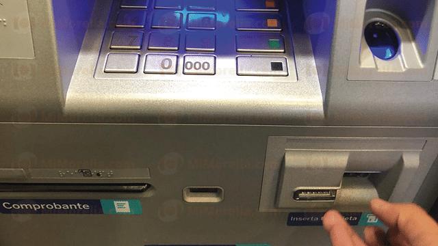 """Michoacán: hasta 30 casos mensuales por """"trampas"""" en cajeros automáticos"""
