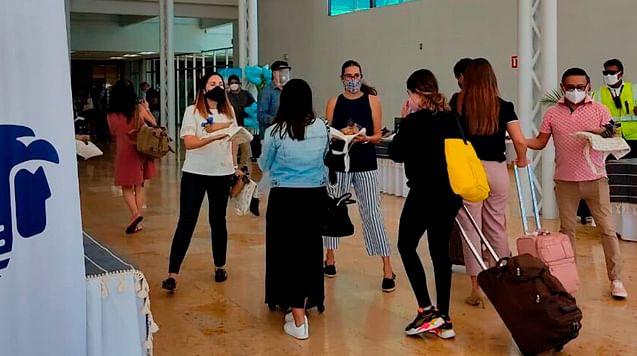 De 271 pruebas, 8 positivas a Covid en el aeropuerto de Morelia